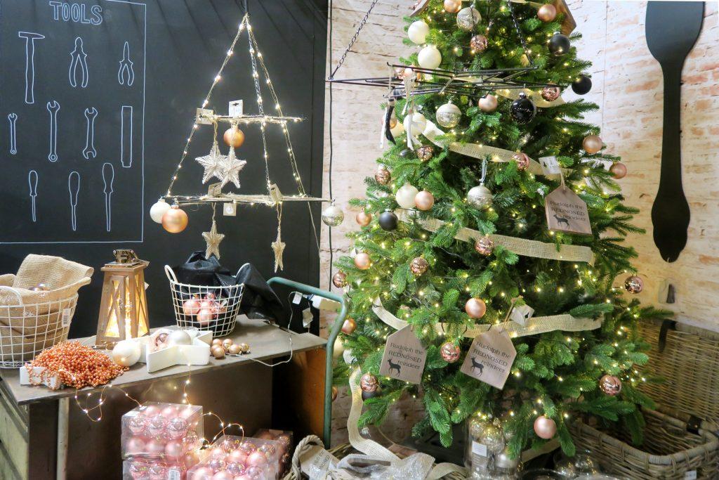 Decoration De Noel Famiflora